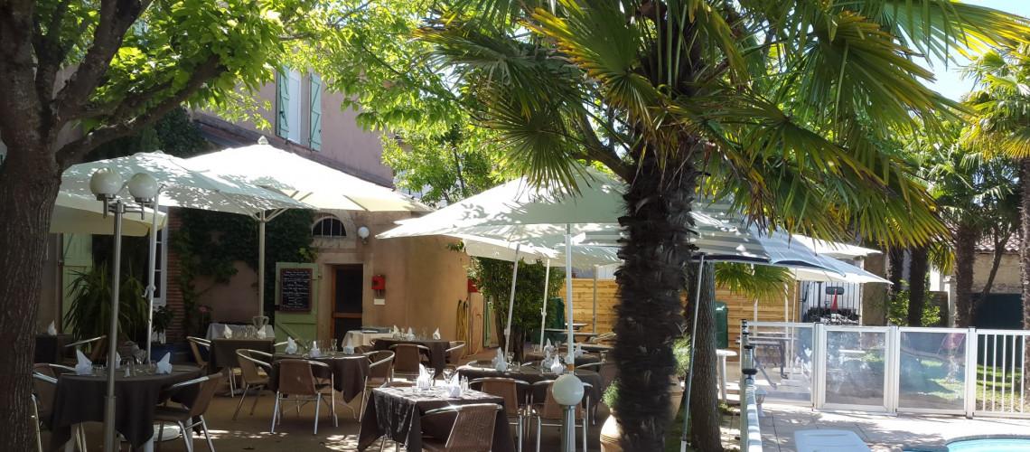 Bienvenue à l'hôtel restaurant les Palmiers !